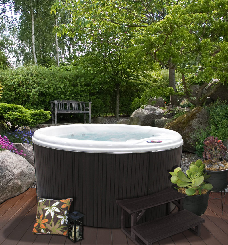 Enjoy your own Private Sanctuary with the AM-511R 5 person Round Spa