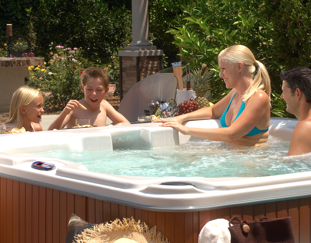 American Hot tub for the Whole family